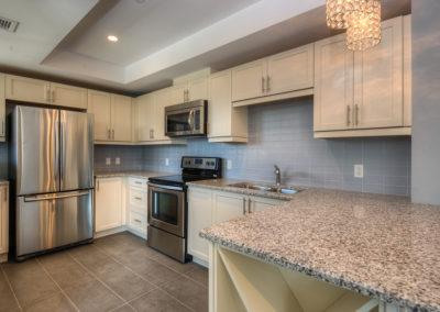 white kitchen 222king -2