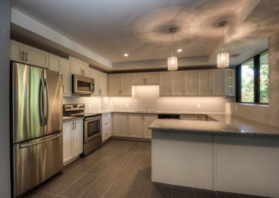 white kitchen 222king -5